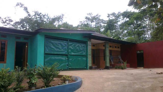 Rumah Dijual Pinggir Jalan Kp Biru Kec Cikancung Kab Bandung