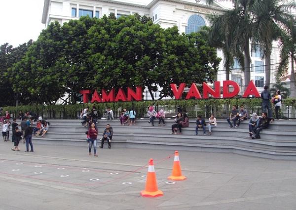 46 Tempat Wisata Bandung Murah Meriah Tak Membosankan Taman Vanda
