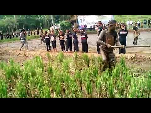 Festival Lumpur Bleendah Sipatahunan Kab Bandung Youtube Taman Gesit