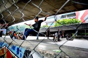 Kolaborasi Pengelolaan Taman Tematik Kota Bandung Iali Jawa Barat Hendra