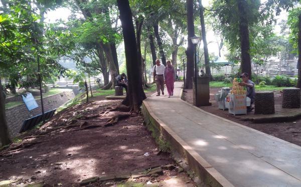 46 Tempat Wisata Bandung Murah Meriah Tak Membosankan Taman Lansia