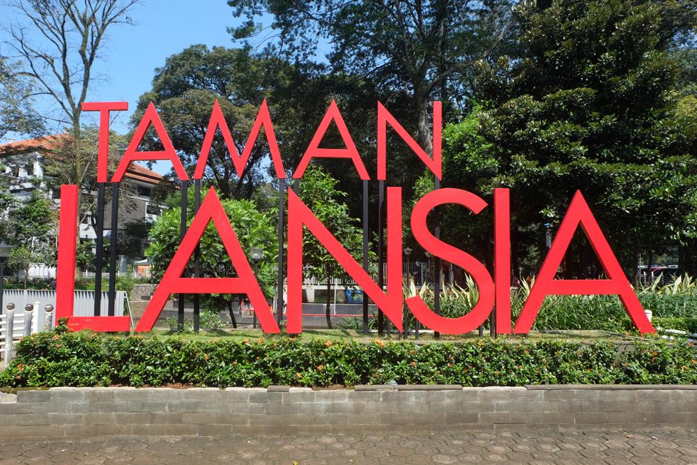Jawa Barat Bandung Indah Taman Lansia Destinasi Kab