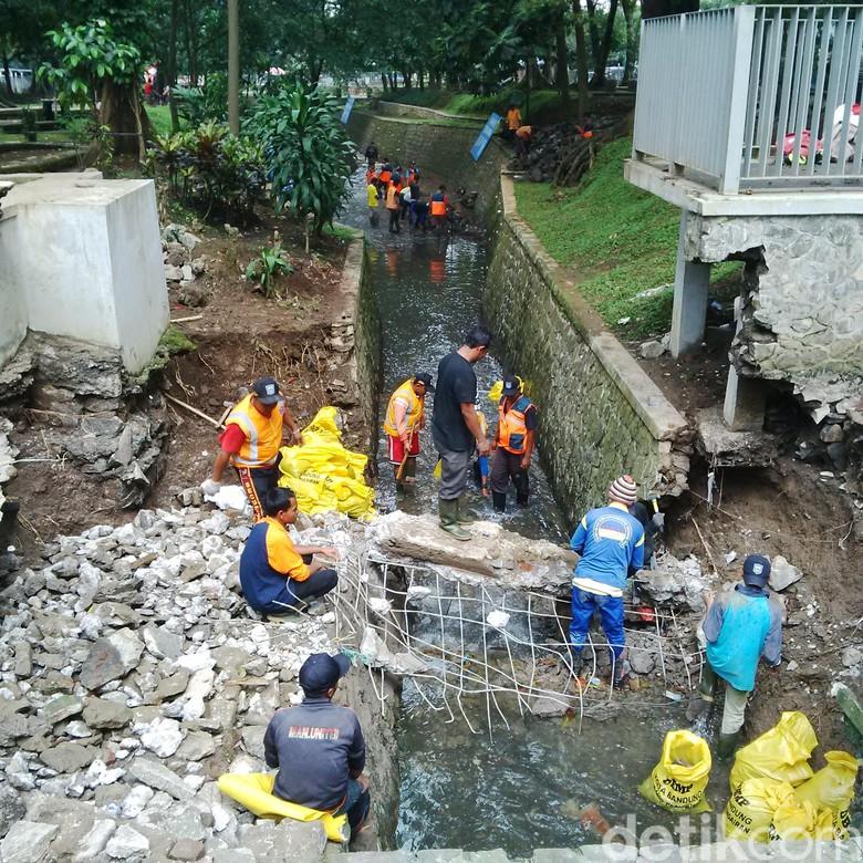 Sungai Cilaki Kolam Retensi Taman Lansia Jebol Tergerus Kab Bandung