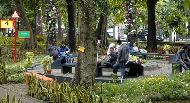 Taman Bunga Bandung Archives Sebandung Keindahan Pustaka Lansia Kab