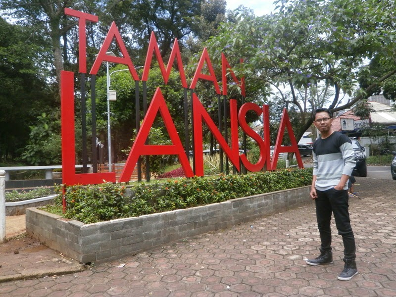 Taman Tematik Bandung Syahrulloh Lansia Sebelum Kab