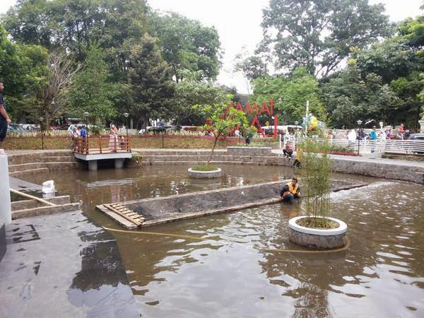 Wisata Taman Bandung Lansia Dongengdonat Gambar Diambil Twitter Diskominfo Kota