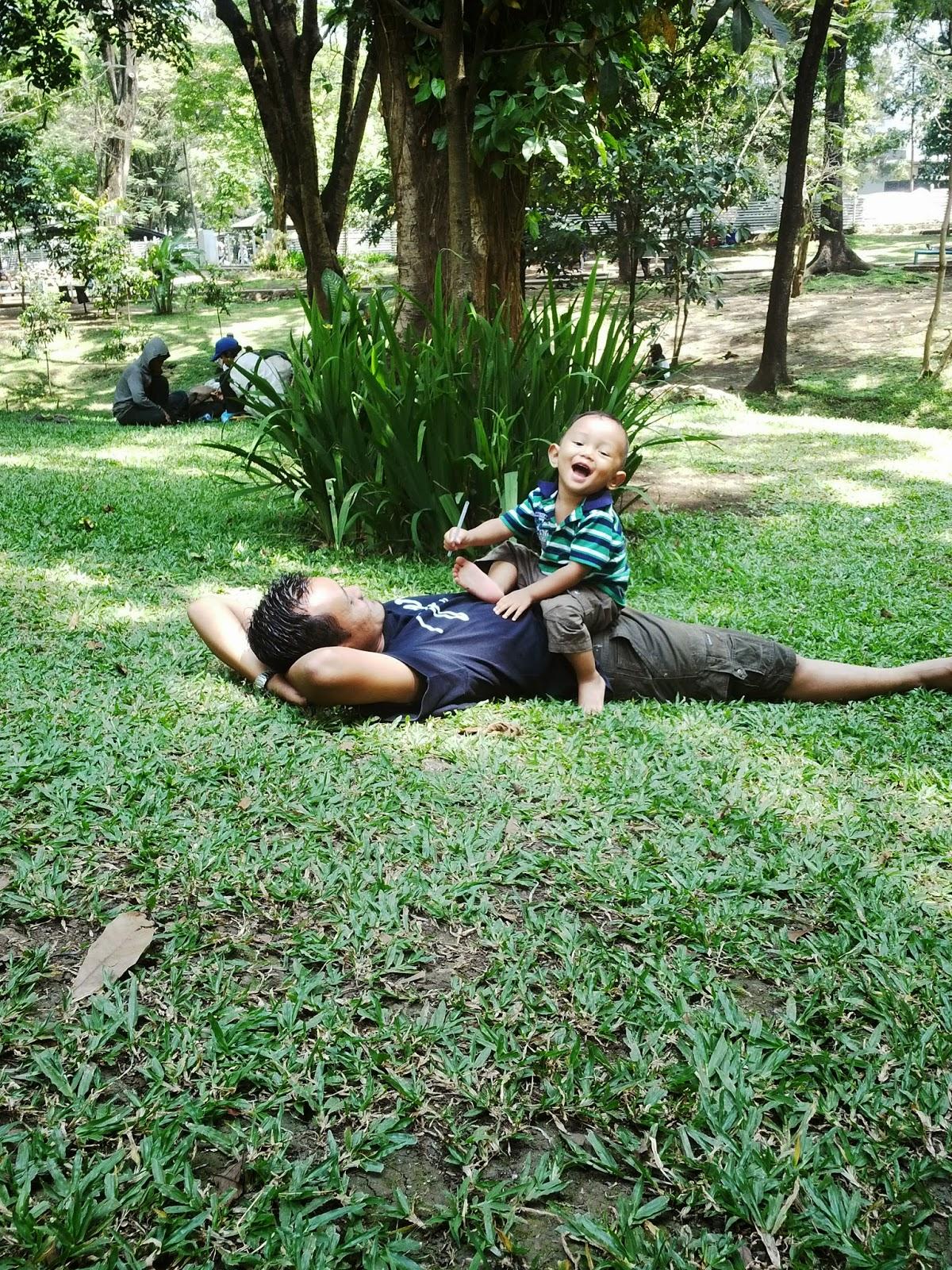 Wisata Taman Bandung Lansia Dongengdonat Kab
