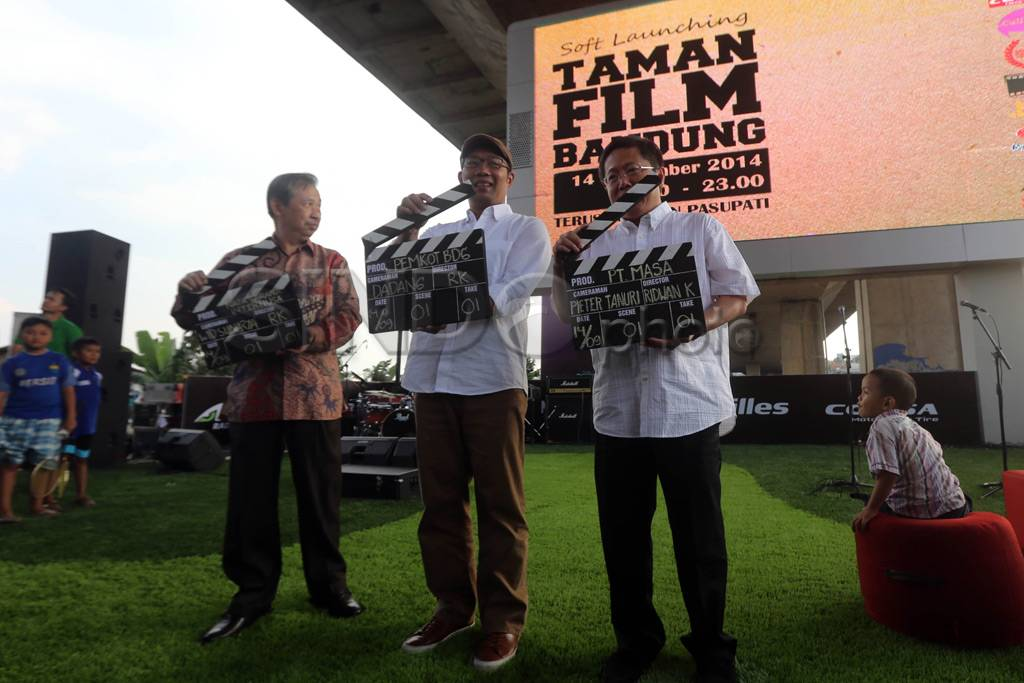 Foto Nonton Film Taman Bandung 0 Pasupati Kab