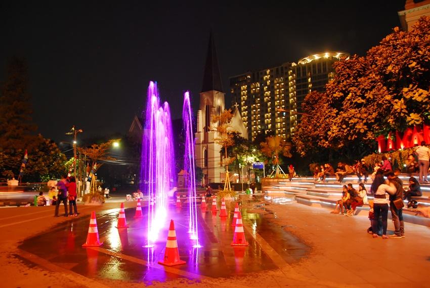 Tempat Nongkrong Murah Bandung Bayar Parkir Doang Taman Vanda 10