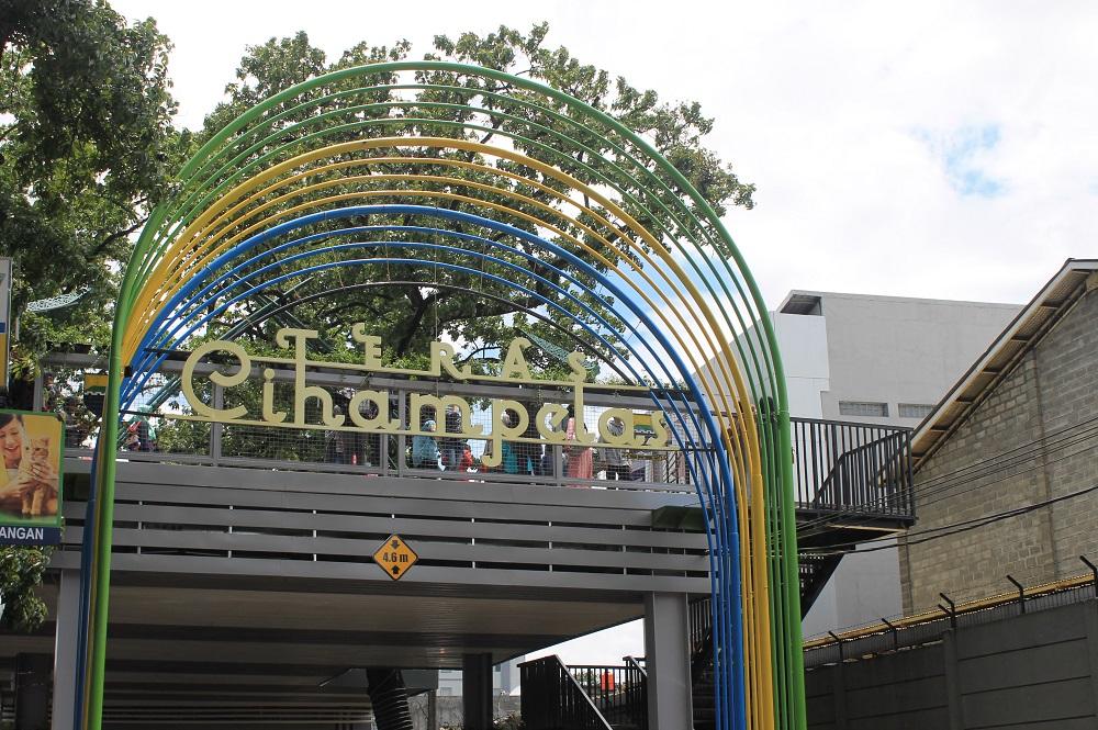 Skywalk Cihampelas Solusi Kurangi Kemacetan Fresh Suaka Online Penampakan Teras