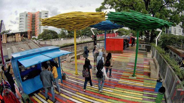 Teras Cihampelas Bikin Betah Berbelanja Sambil Wisata Citizen6 Kab Bandung