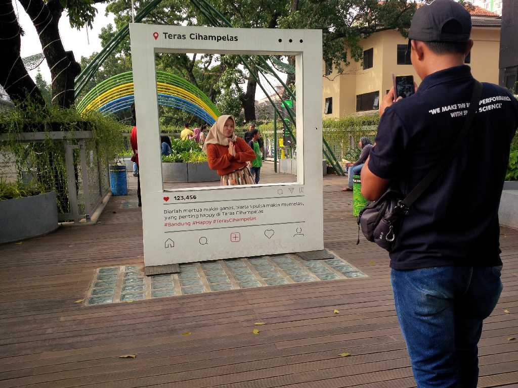 Teras Cihampelas Sky Walk Pertama Indonesia Jabarpress Bandung Kab