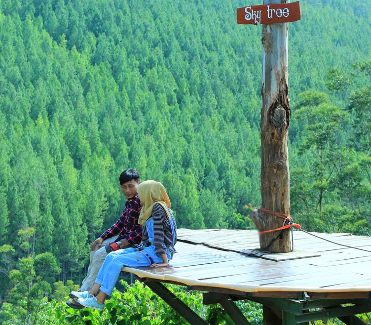 Lodge Maribaya Bandung Wisata Alam Jaman Cayo Indonesia Ayunan Kab