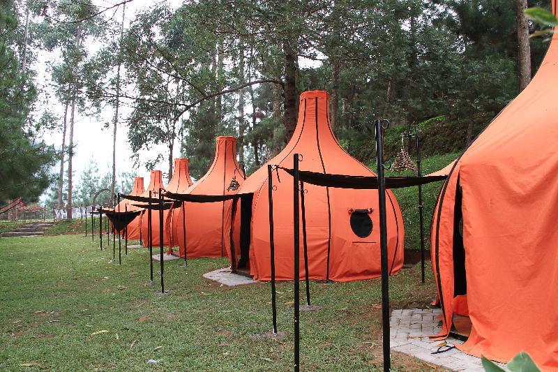 Punya Keinginan Camping Mending Lodge Maribaya Lembang Natoox Bandung Salah