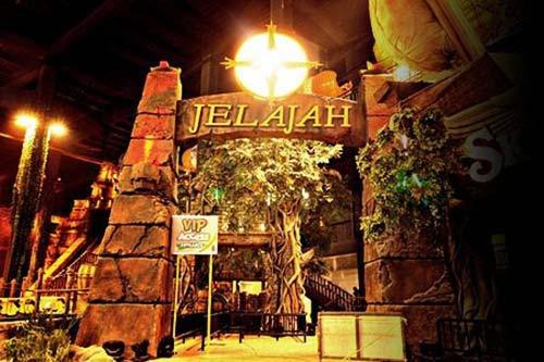 20 Wahana Tempat Wisata Trans Studio Bandung Yamaha Racing Coaster
