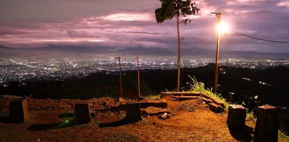Berburu Sunrise Sunset Bukit Moko Bandung Ulinulin Tempat Wisata Jadi