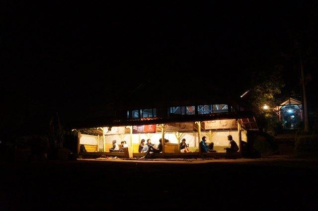 Bukit Moko Menikmati Malam Hari Bandung Ketinggian Liburmulu Kelaparan Bisa