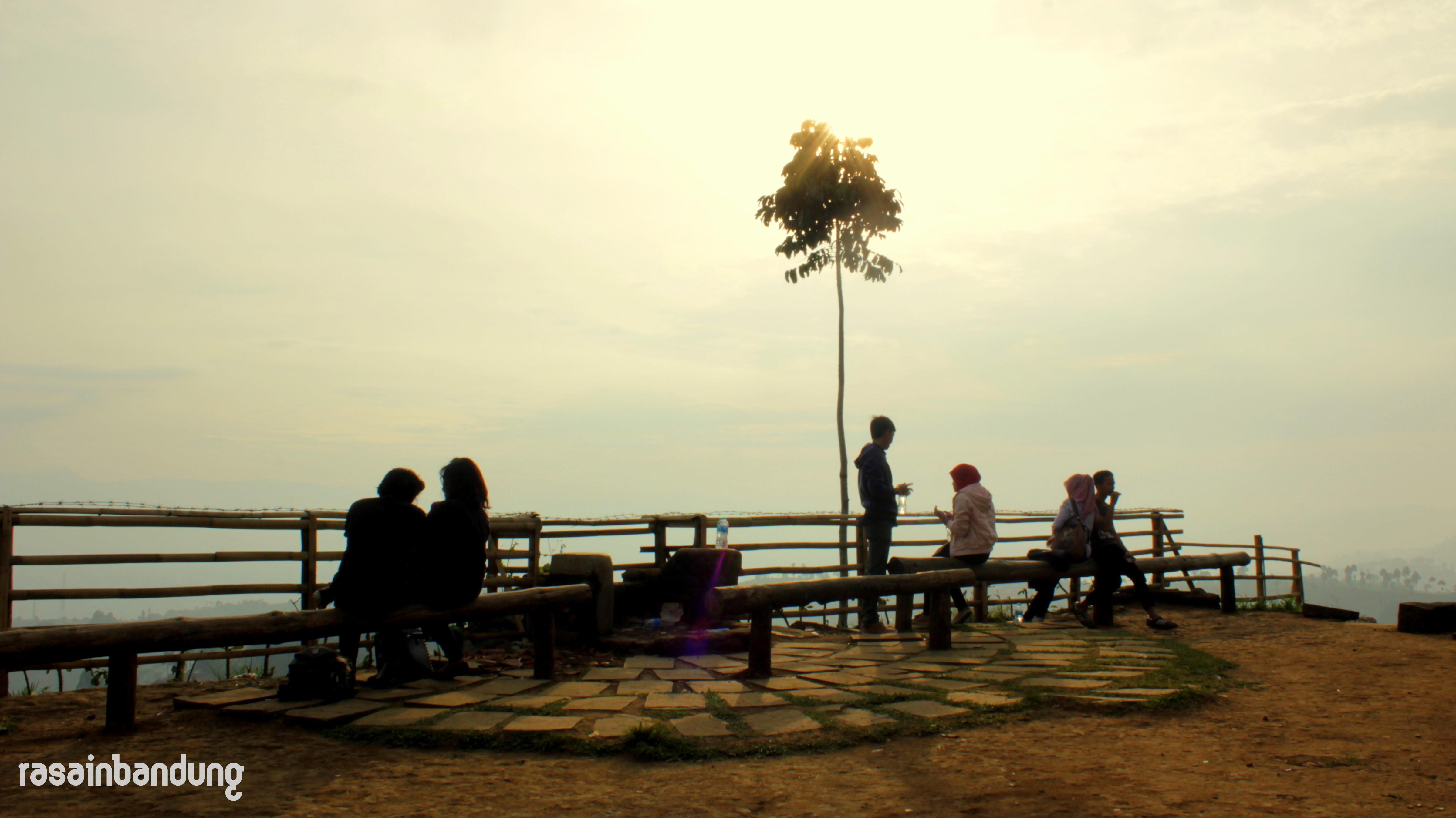 Bukit Moko Puncak Bintang Titik Tertinggi Kota Bandung Tapi Bener