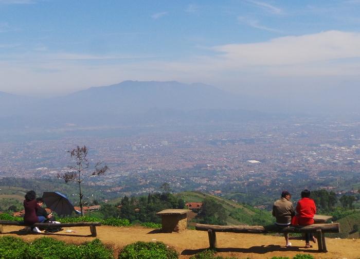 Bukit Moko Tempat Keren Bandung Asik Berduaan Yuk Piknik Warung