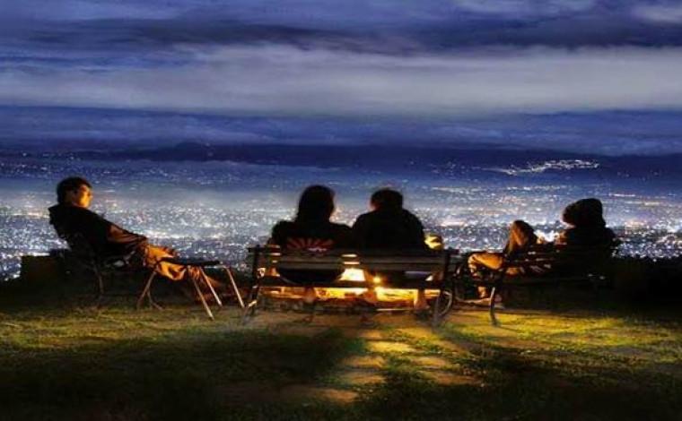 Pemandangan Bandung Malam Hari Bukit Moko Warung Daweung Bintang Kab