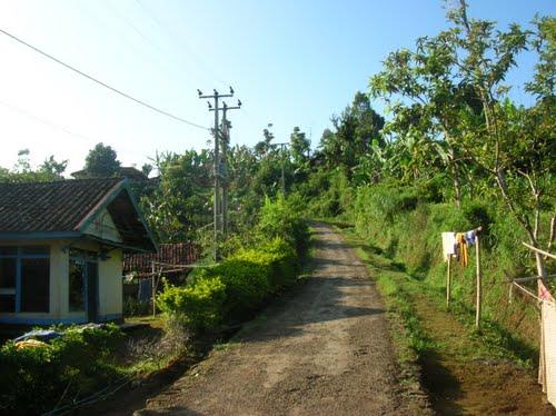 Sisi Kota Bandung Bukit Moko Waroeng Daweung Ruas Jalan Menuju
