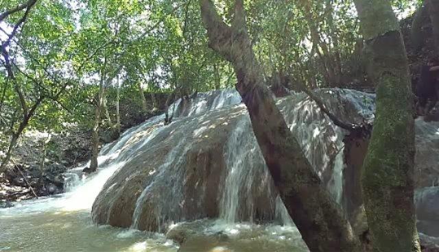 Air Terjun Batu Raja Galis Bangkalan Wisata Madura Manitan Kab