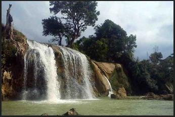 Inilah 5 Air Terjun Ngehits Pulau Madura Travel Jaya Toroan