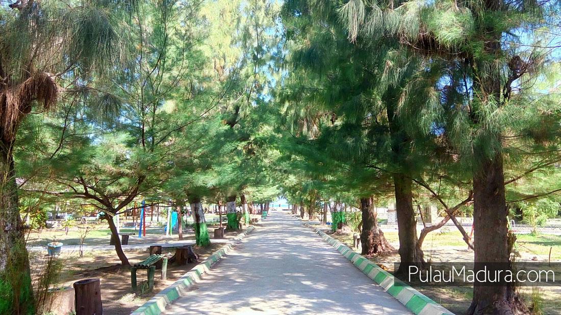 Obyek Wisata Pantai Camplong Kabupaten Sampang Gerbang Pulau Madura Teman