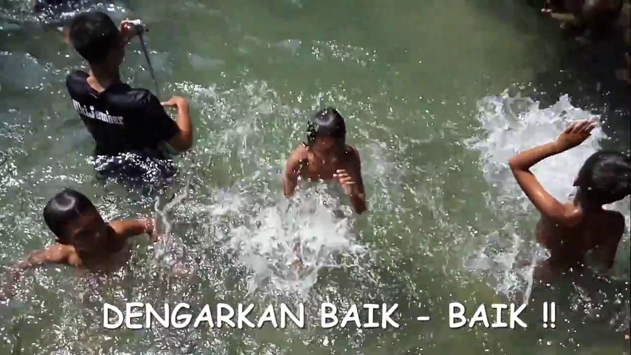 Unik Suara Tabuhan Gendang Menggunakan Air Galis Bangkalan Youtube Terjun