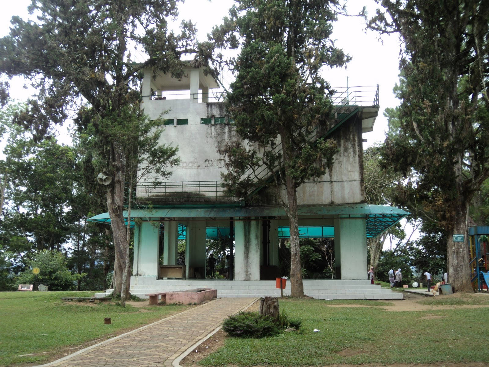 Meme Comic Indonesia Artikel 20 Benteng Peninggalan Kolonial Fort De