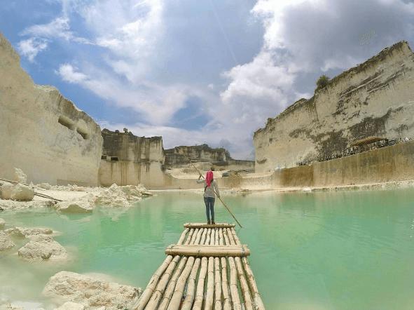 Danau Biru Bukit Jaddih Tempat Wisata Ngehits Instagenic Kapur Madura