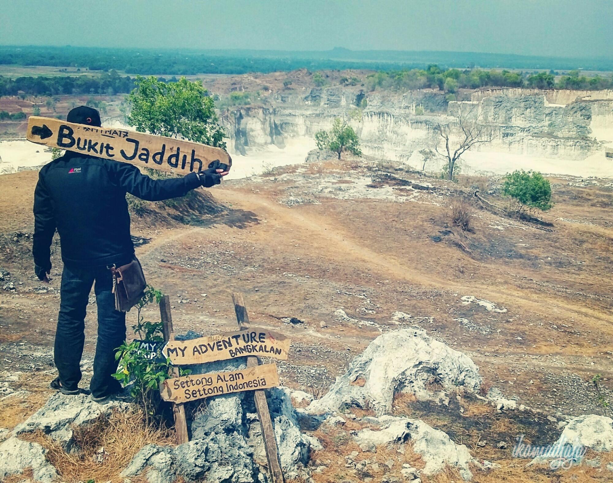 Eksotisme Pertambangan Batu Kapur Bukit Jaddih Ikamadjaja Madura Kab Bangkalan
