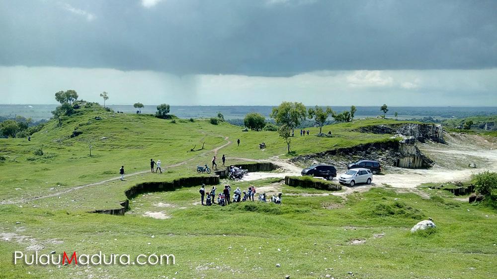 Obyek Wisata Bukit Kapur Desa Jaddih Socah Bangkalan Gerbang Berfungi