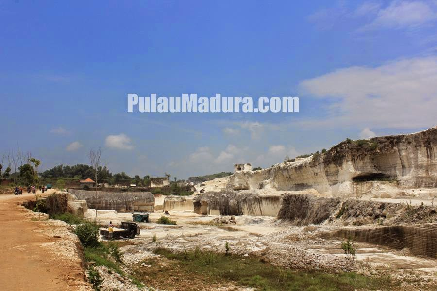 Potensi Wisata Kolam Air Alami Desa Jaddih Bangkalan Gerbang Penambangan