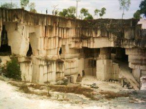 Wisata Gua Pote Bukit Jaddih Madura Salah Satu Objek Hits