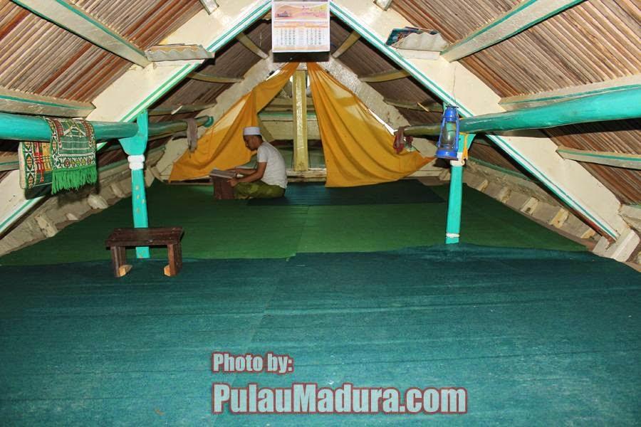 Wisata Religi Perahu Sarimuna Peninggalan Syaichona Moh Cholil Bagian Syechona