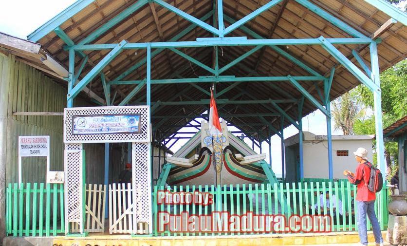 Wisata Religi Perahu Sarimuna Peninggalan Syaichona Moh Cholil Foto Kholil