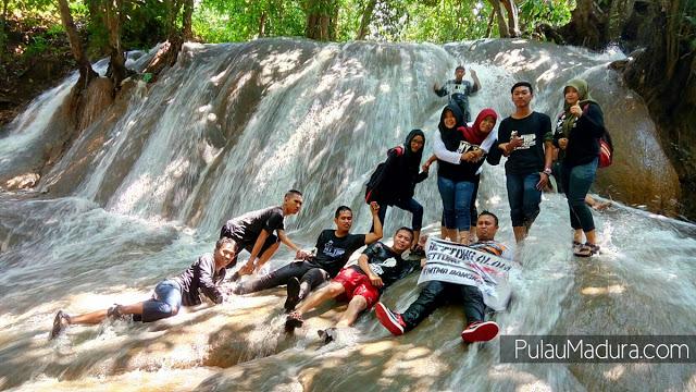 Gerbang Pulau Madura Wilayah Kabupaten Sampang Teman Tidak Asing Air