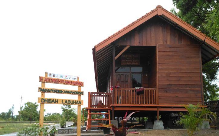 Indahnya Taman Pendidikan Mangrove Obyek Wisata Edukasi Bangkalan Madura Front