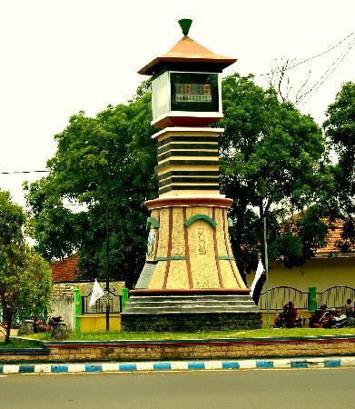 Bangkalan Regency Alchetron Free Social Encyclopedia Points Interest Bukit Kapur
