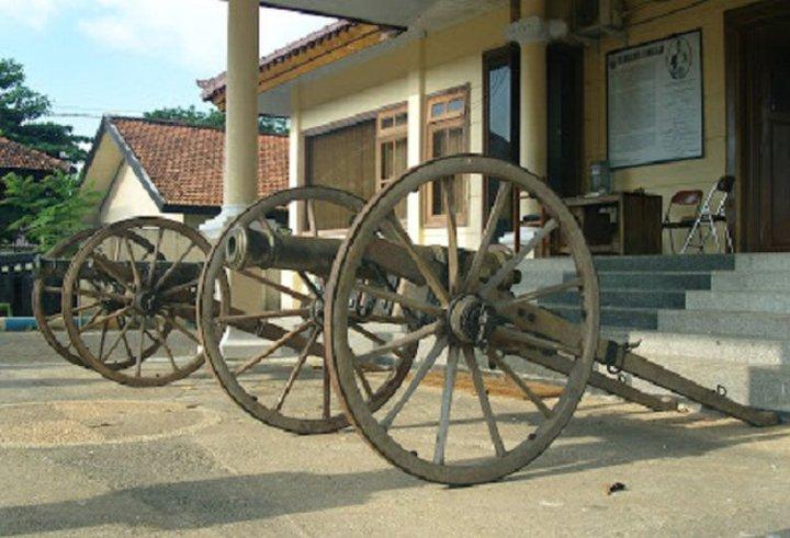 Museum Cakraningrat Kabupaten Bangkalan Bag 1 Kaskus Musium Kab