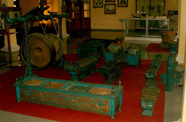 Wisata Sejarah Museum Cakraningrat Bangkalan Madura Gerbang Gamelan Musium Kab