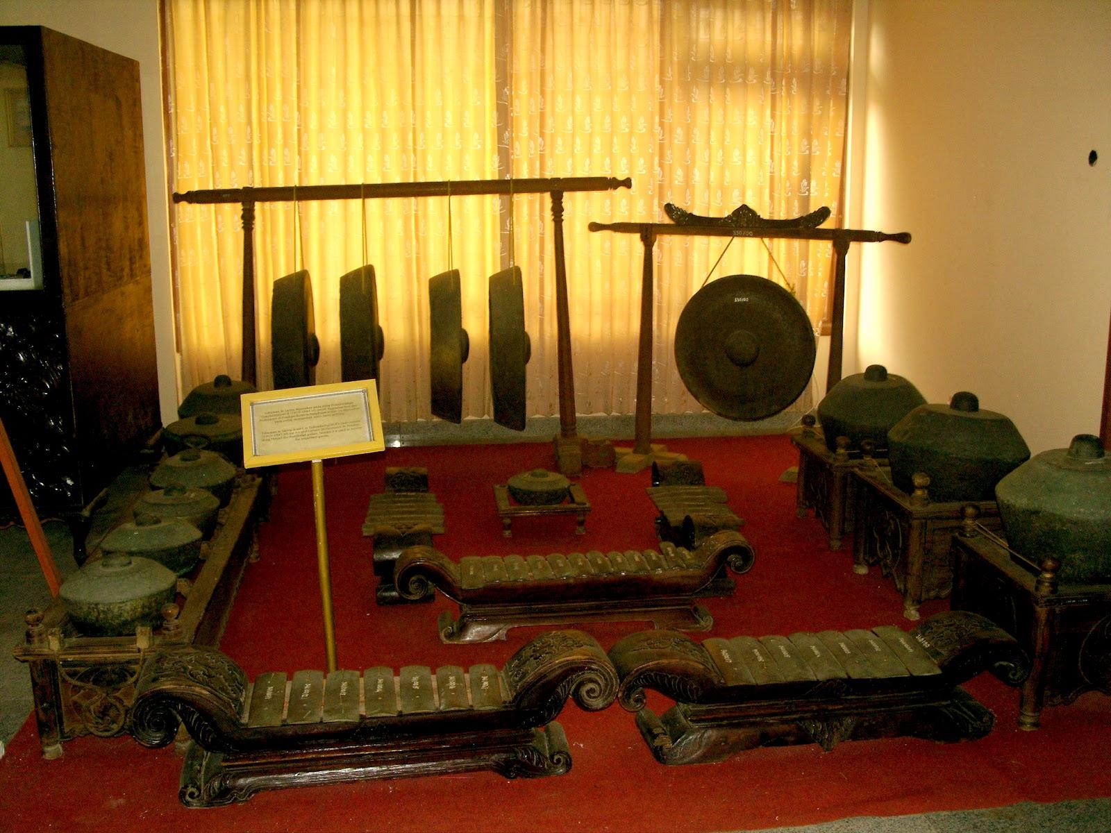 Wisata Sejarah Museum Cakraningrat Bangkalan Madura Gerbang Tabbuwan Selajing Musium