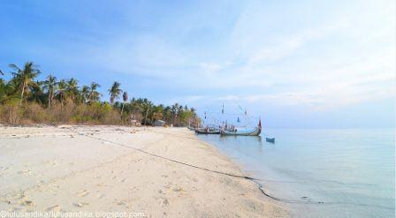 Pantai Madura Wajib Kunjungi Gili Labak Sumenep Maneron Kab Bangkalan