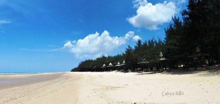 Pantai Madura Wajib Kunjungi Lombang Sumenep Maneron Kab Bangkalan
