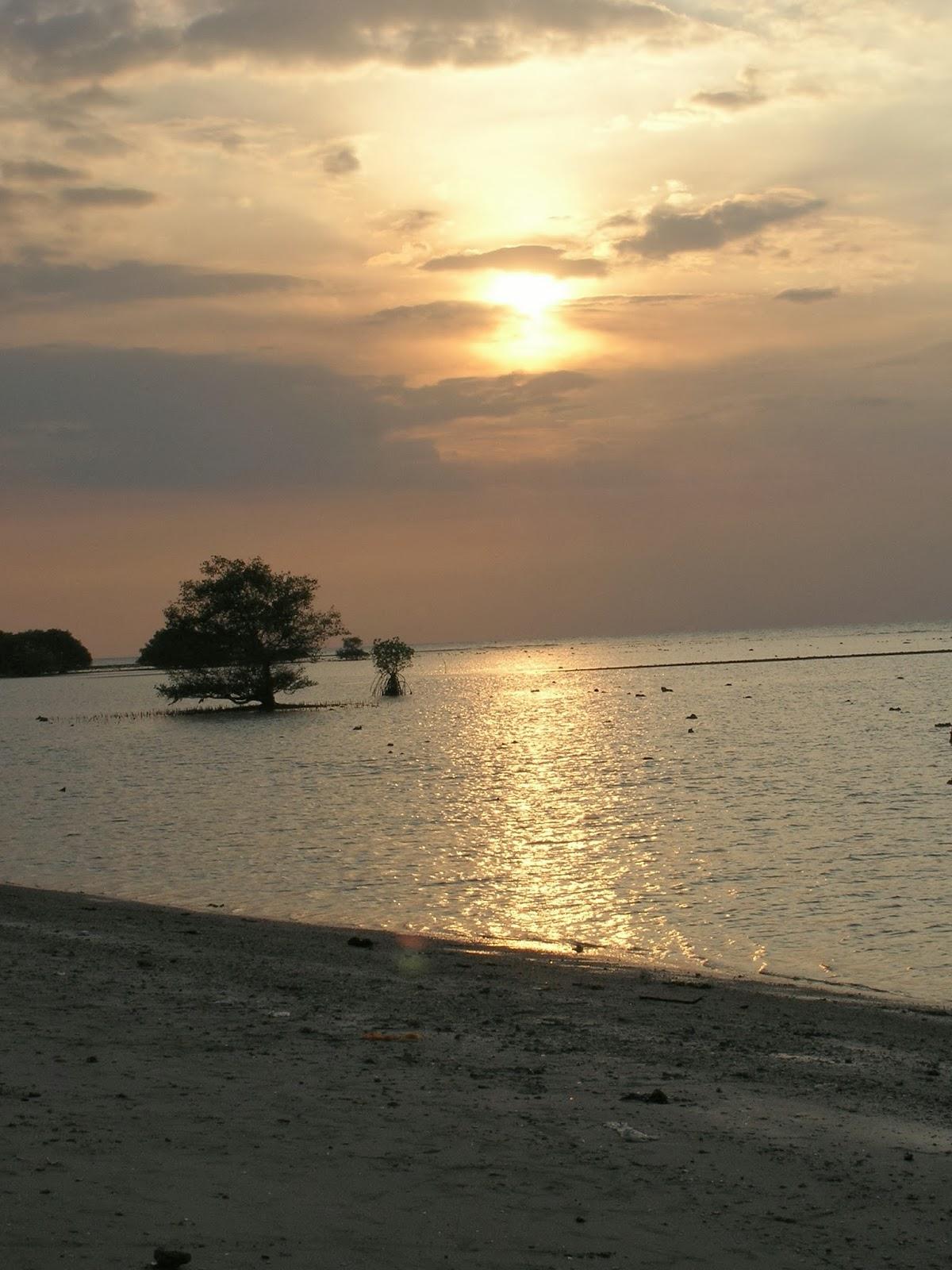 Pantai Maneron Kab Bangkalan