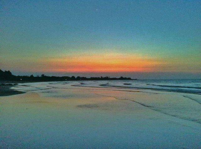 Pantai Siring Kemuning Bangkalan Madura Sejarah Lokasi Alamat Menjelang Gelap