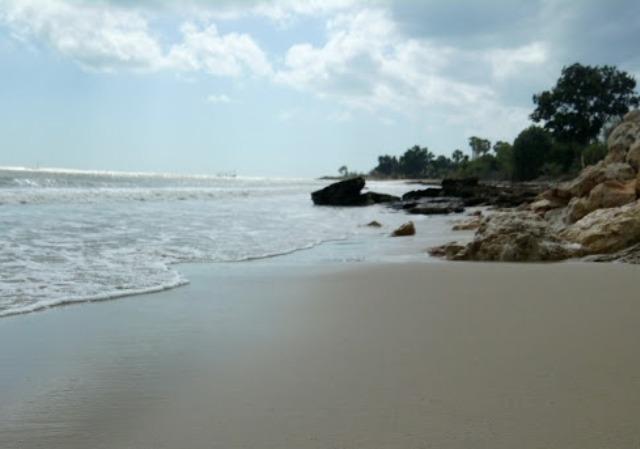 Pantai Siring Kemuning Bangkalan Madura Sejarah Lokasi Alamat Ombaknya Tenang