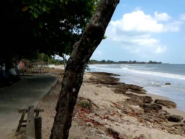 Pantai Siring Kemuning Bangkalan Madura Sejarah Lokasi Alamat Rindang Pepohonan