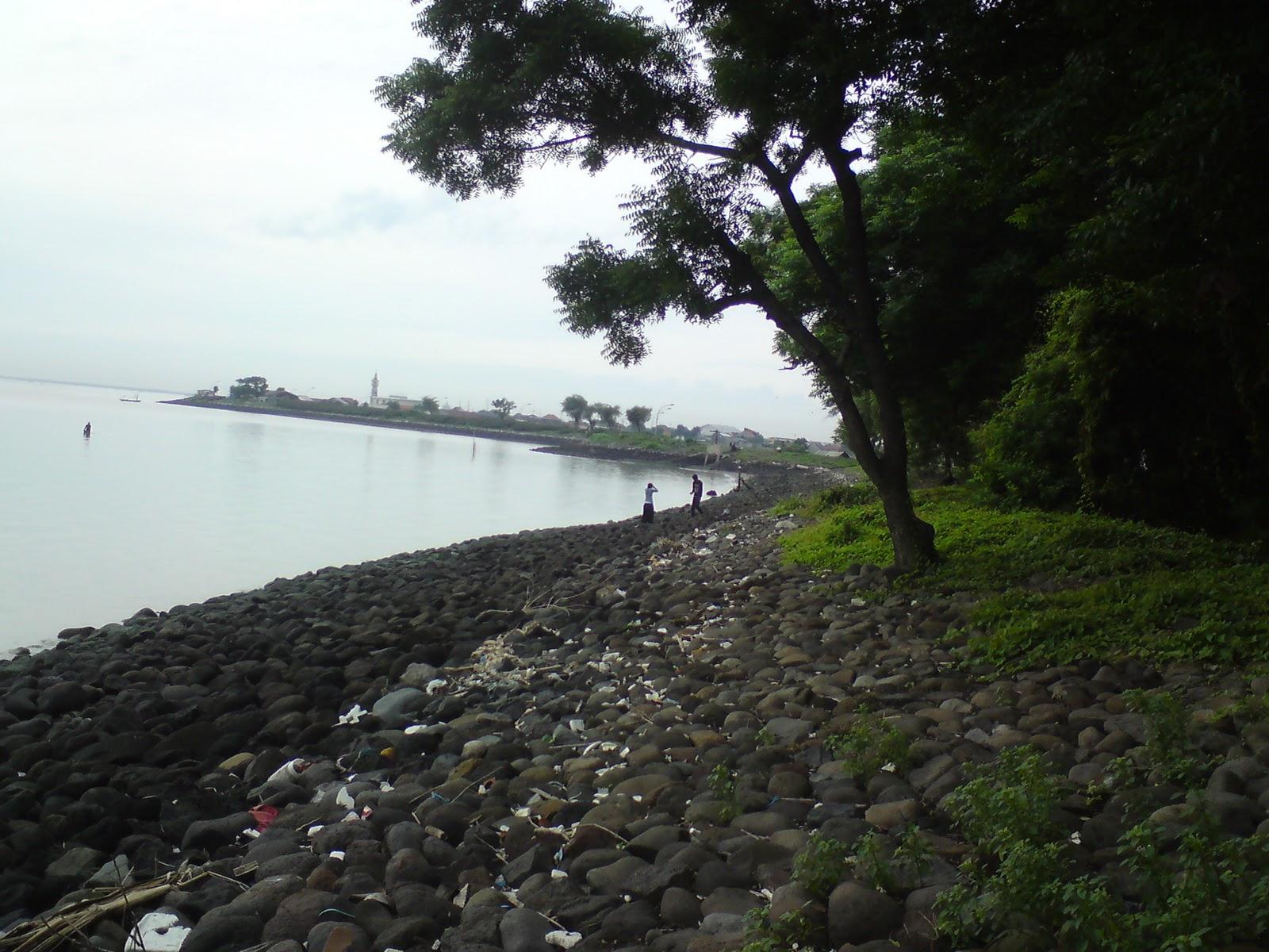 Pantai Rongkang Kenjeran Kab Bangkalan